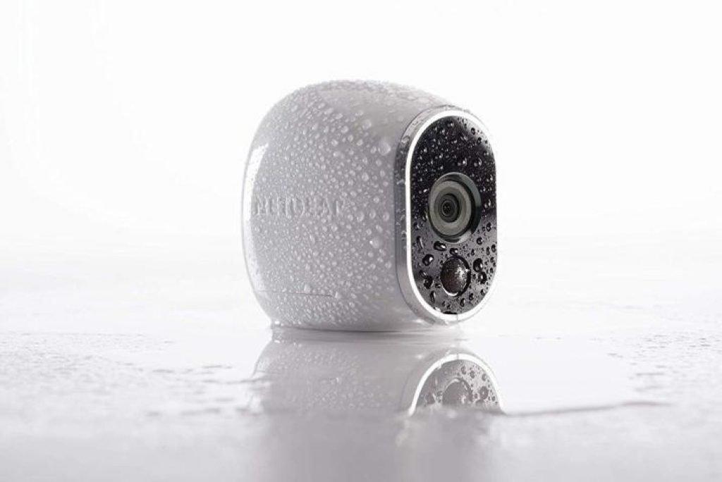 Arlo-kit-di-videosorveglianza-telecamera-impermeabile-